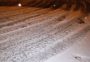 Machine-building,Trace Analysis,Skilled, Trained,Wheel,Snow,Night,